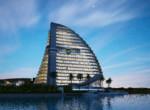 Shark Tower Lona
